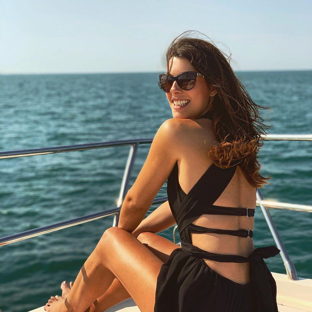 Stefanie Capshield girls in bikini swimwear dresses ideas, hot girls photoshoot