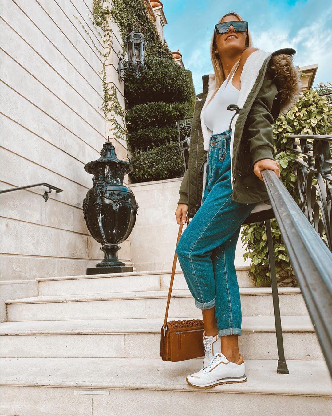 Turquoise and blue jeans, best photoshoot ideas, eyewear