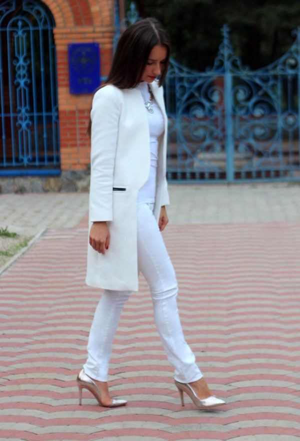 White long sleeve coat, street fashion, white coat