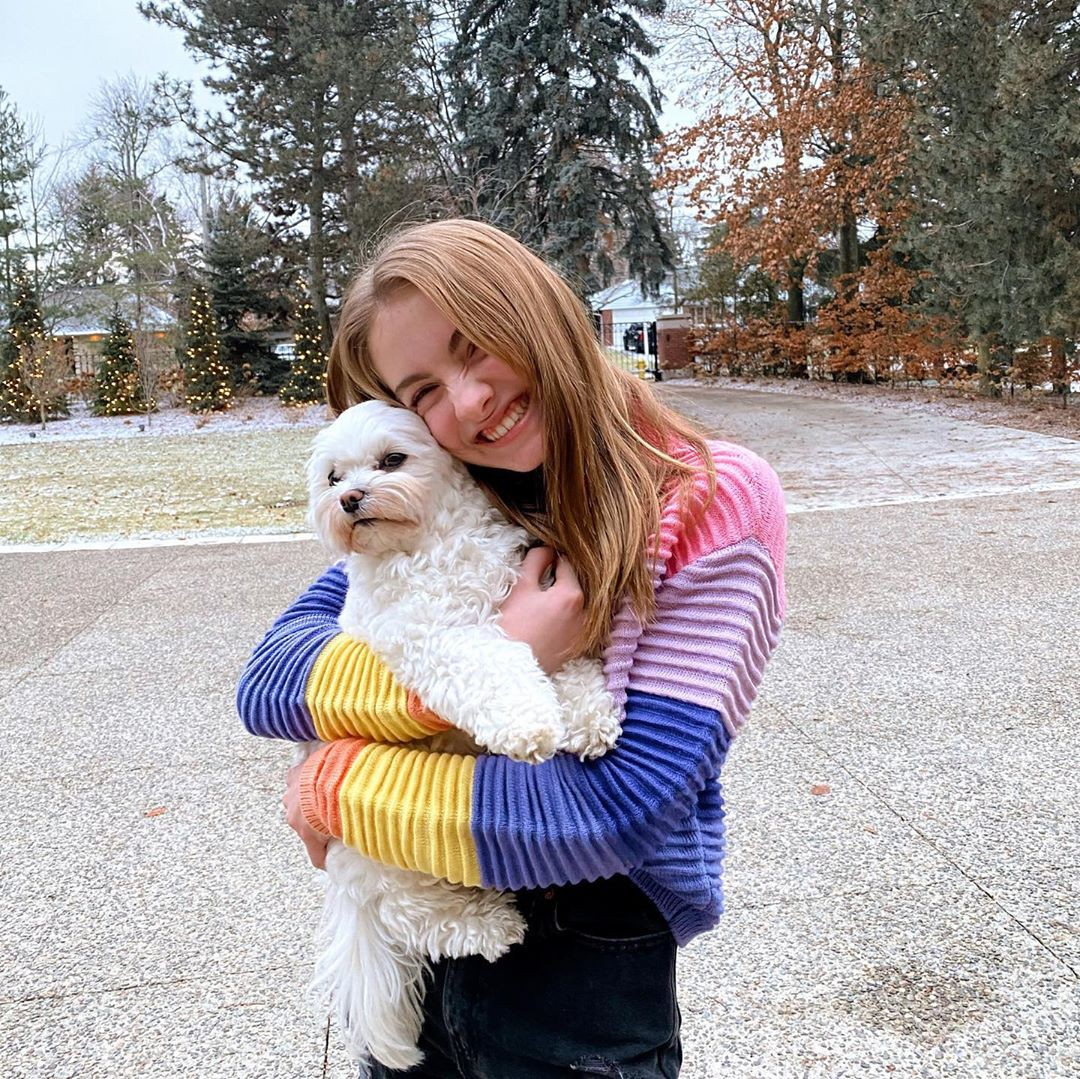 Lauren Orlando, companion dog, dog clothes, toy poodle