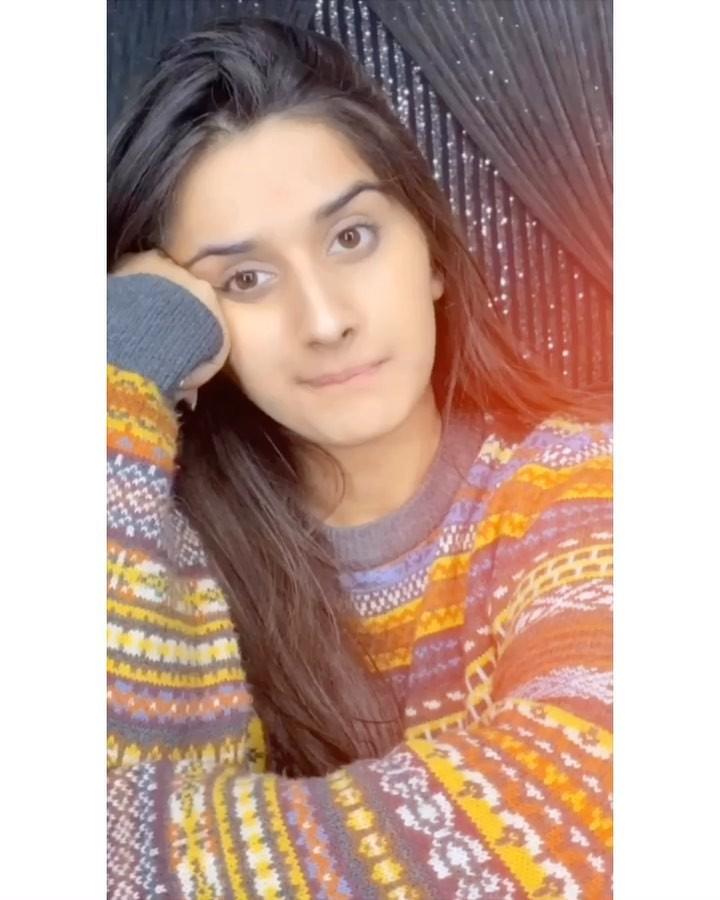 Alishbah Anjum Girls With Cute Face, Girls Lips, Long Hair Girl
