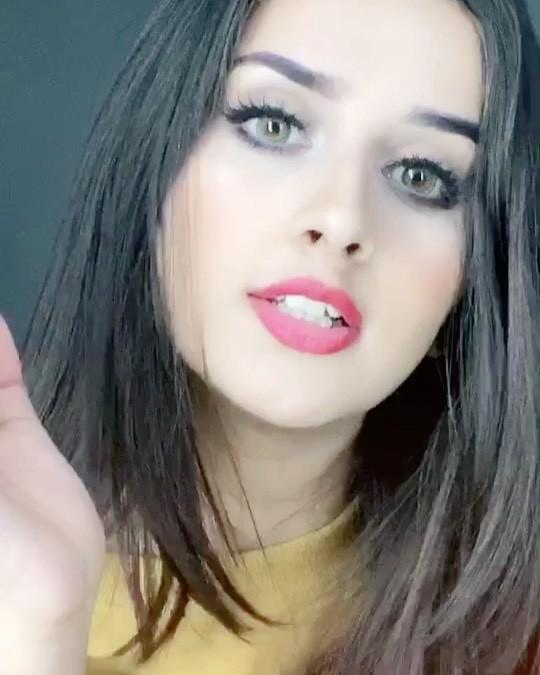 Alishbah Anjum Cute Girls Face Instagram, Beautiful Lips, Haircuts