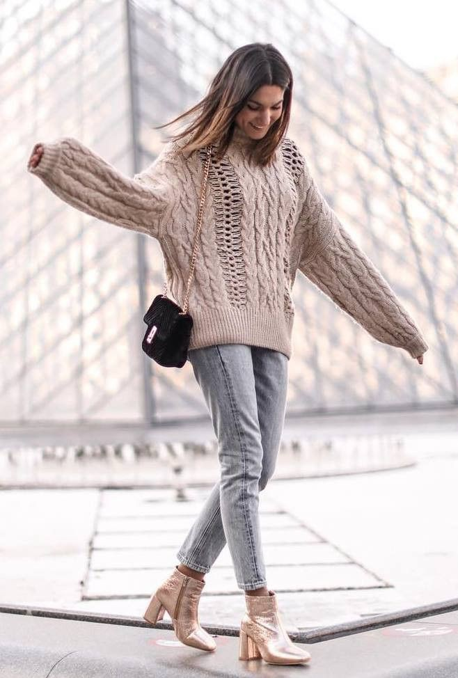Brown and white beautiful clothing ideas with leggings, sweater, jeans