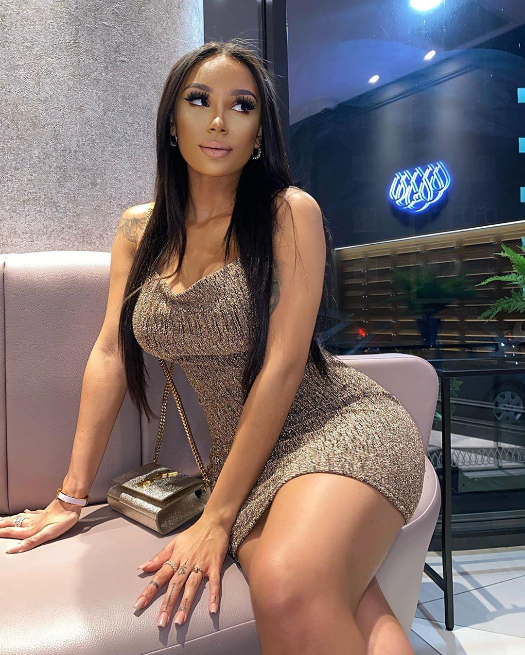 clarisse juliette hot legs, hot legs, Long Hair Girl