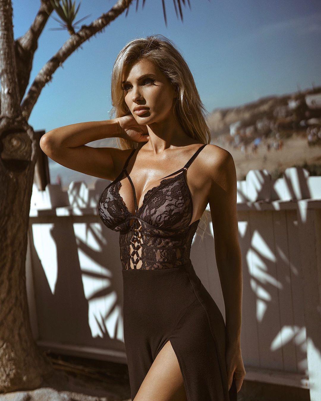 Leanna Bartlett lingerie, dress colour outfit, photoshoot poses