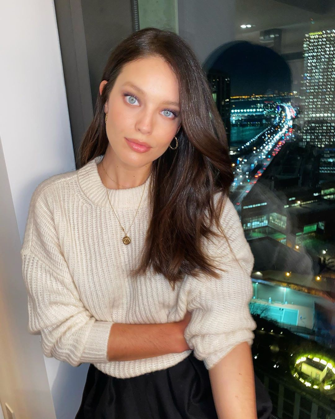 Emily DiDonato Black Hair Women, Long Hair Ideas, Simple Hairstyle