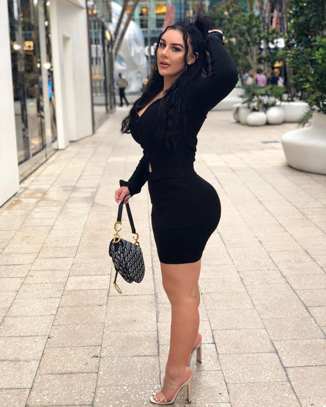 black classy outfit with dress, photography for girl, fashion ideas