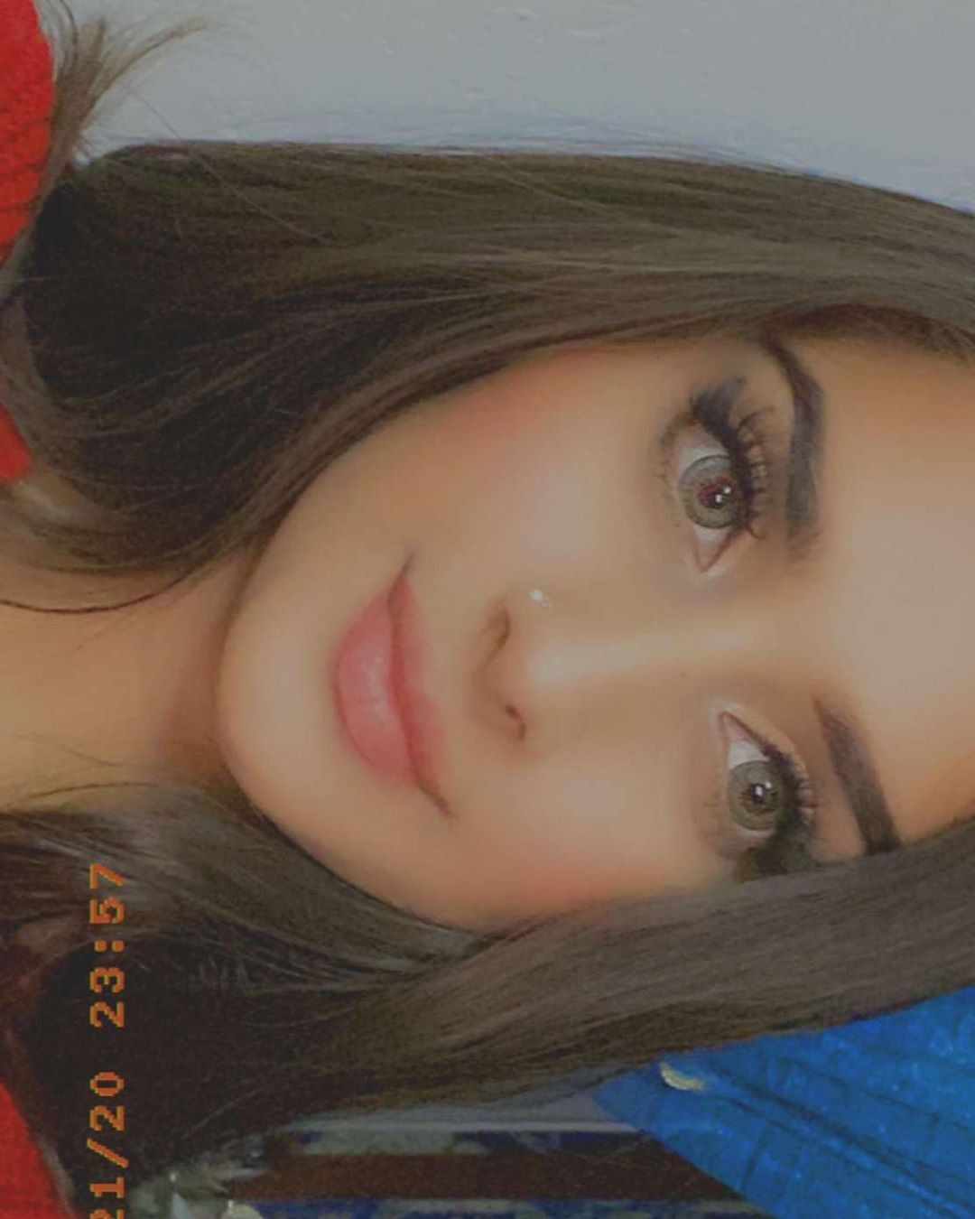Alishbah Anjum Lovely Face, Glossy Lips, Girls Hairstyle