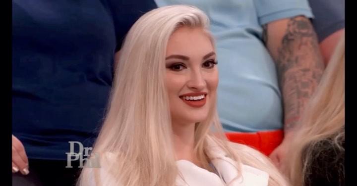 Anna Faith in blond hairs, Bautiful Face, Natural Lips