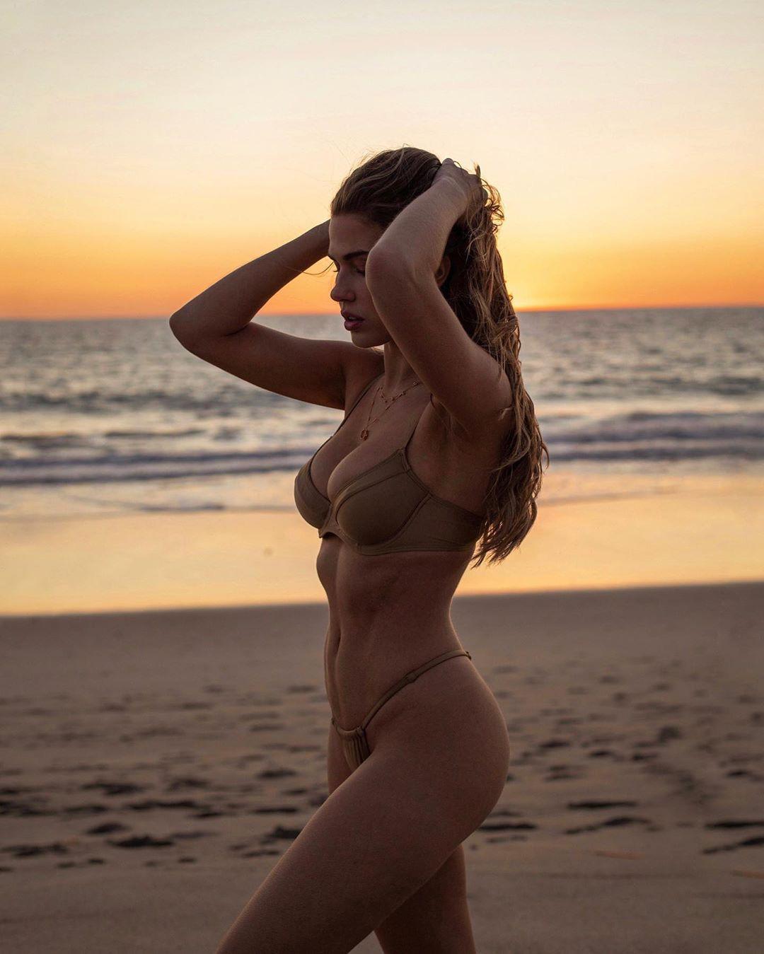 Kara Del Toro bikini outfits for women, fashion photography, legs picture