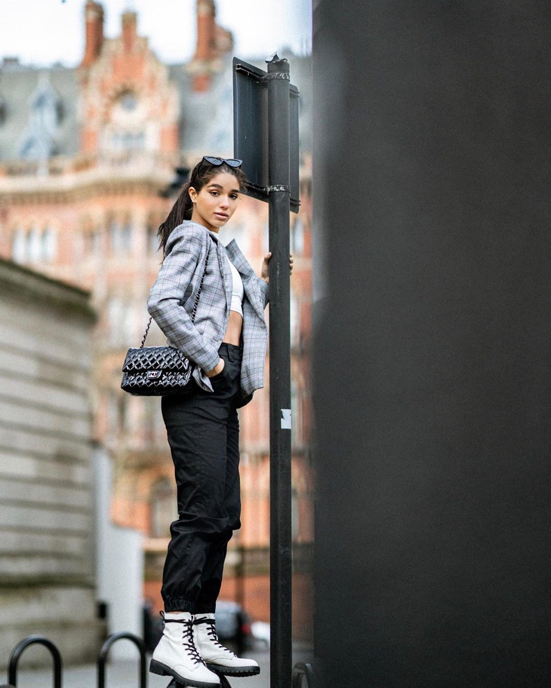 Yovanna Ventura jeans outfits for girls, photography ideas, shoe