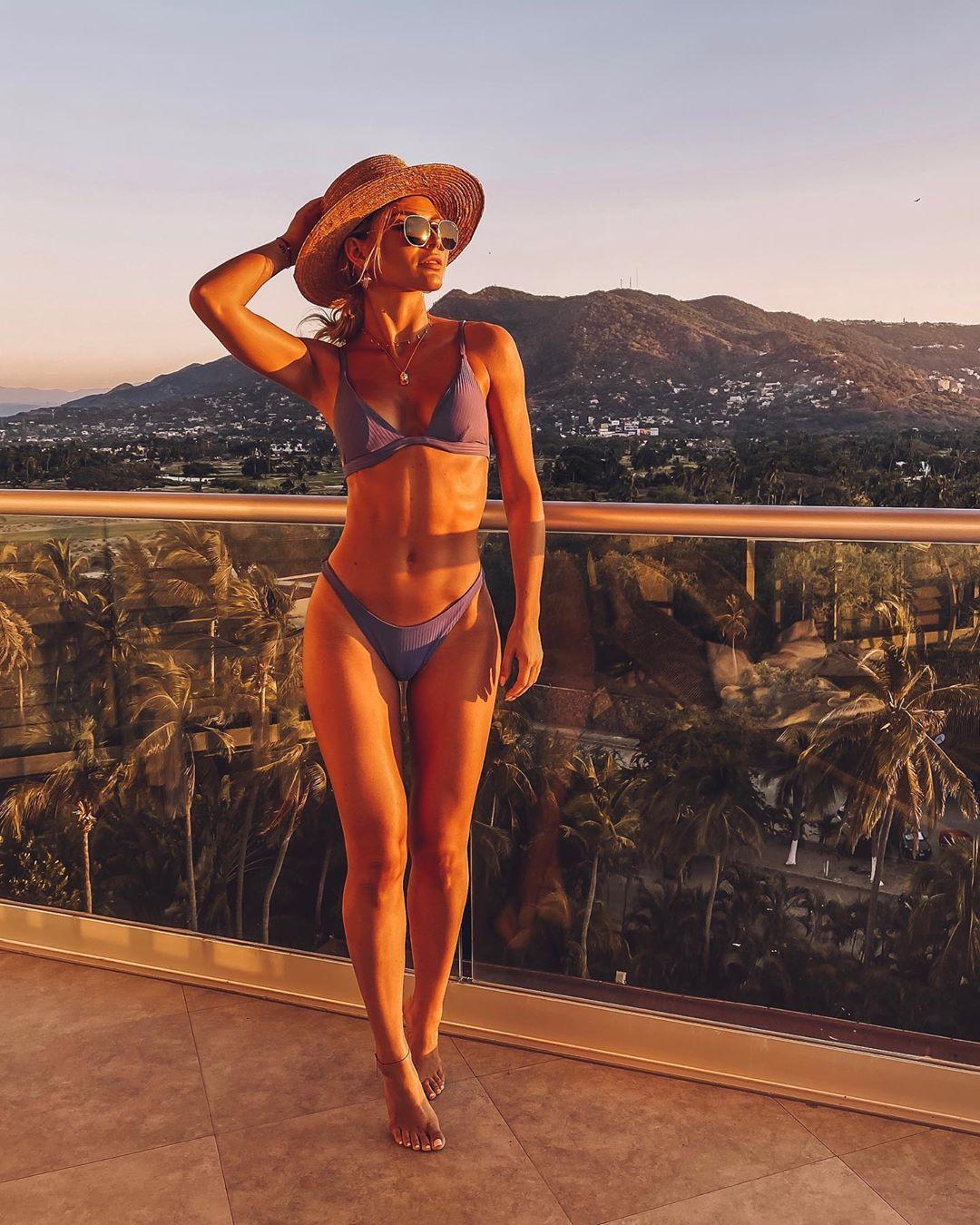 Irina Baeva bikini style outfit, girls instgram photography, sexy leg picture