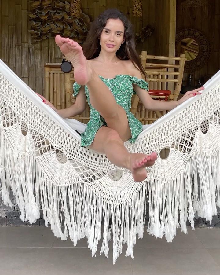 Ekaterina Zueva dress fashion accessory outfits for girls, wardrobe ideas
