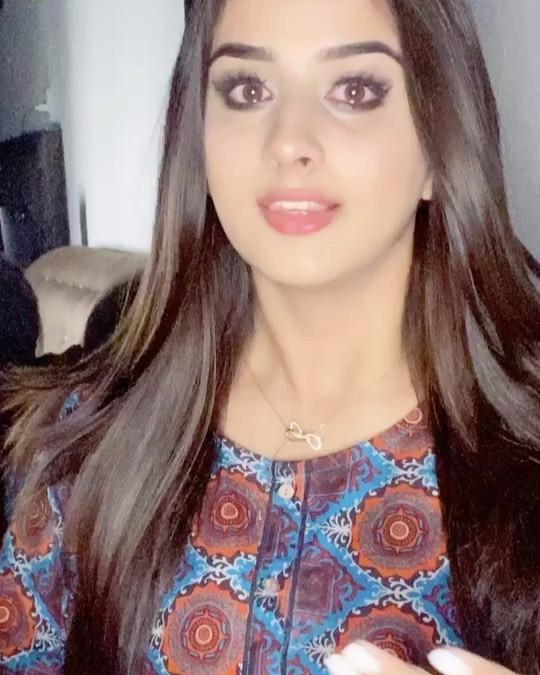 Alishbah Anjum Beautiful Girl Cute Face, Beautiful Lips, Long Hair Girl