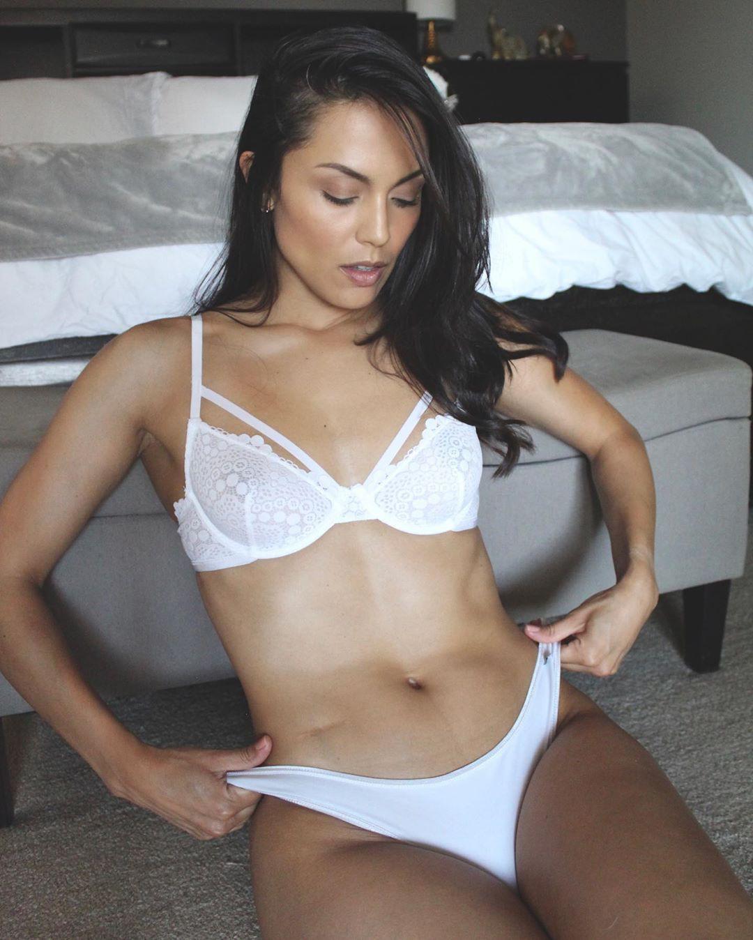 Raquel Pomplun lingerie underpants instagram dress, female thighs