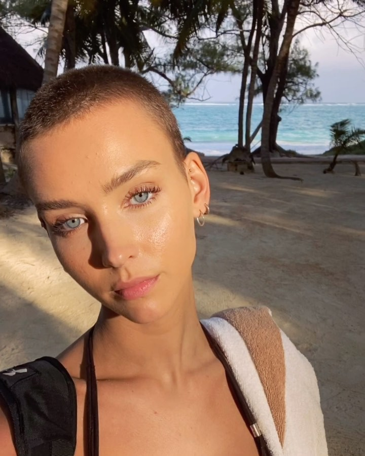 Rachel Cook Lovely Face, Natural Glossy Lips, Hairstyle For Women