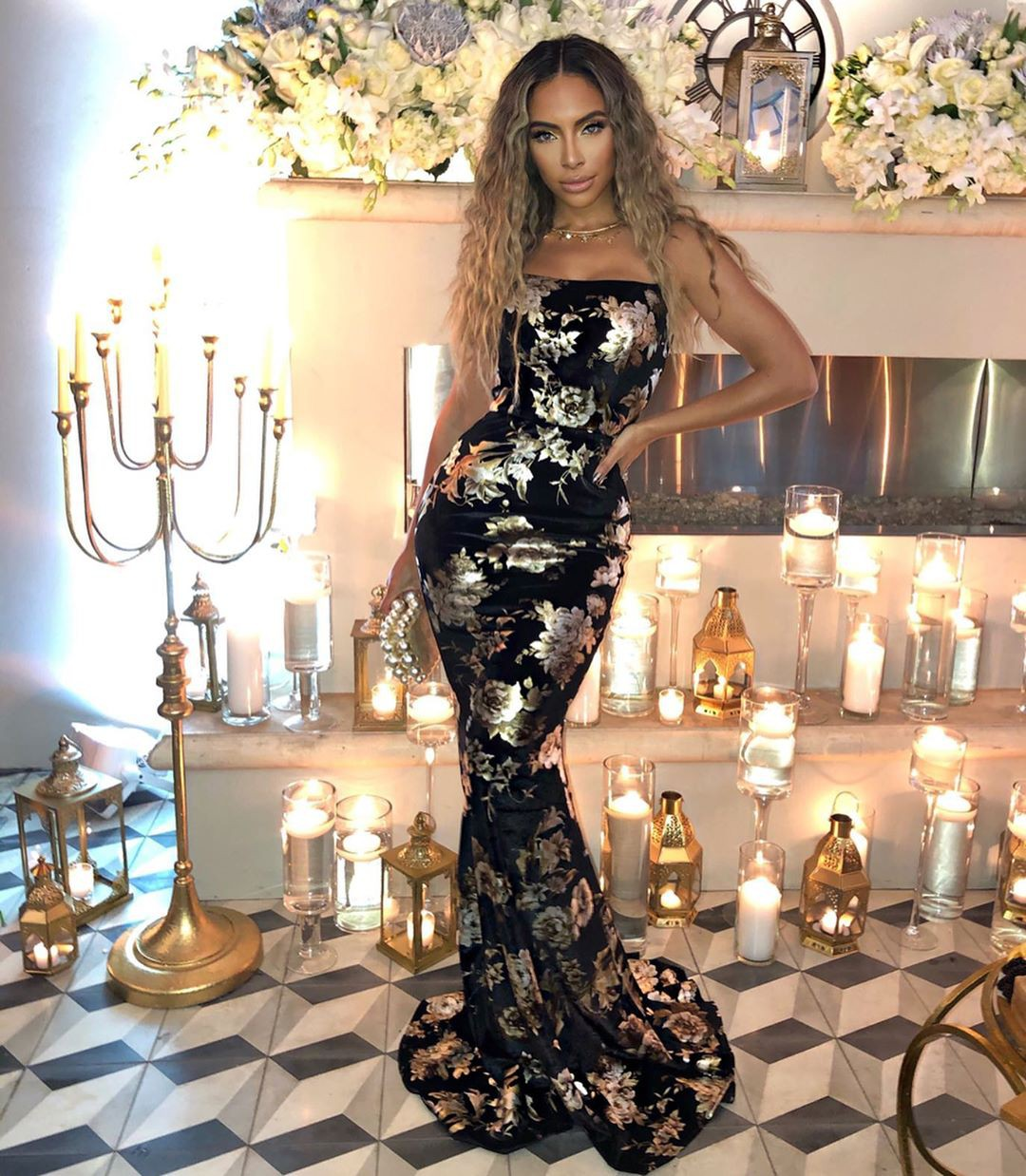 Jessica Killings dress, gown colour combination, Long Hairstyle Ideas