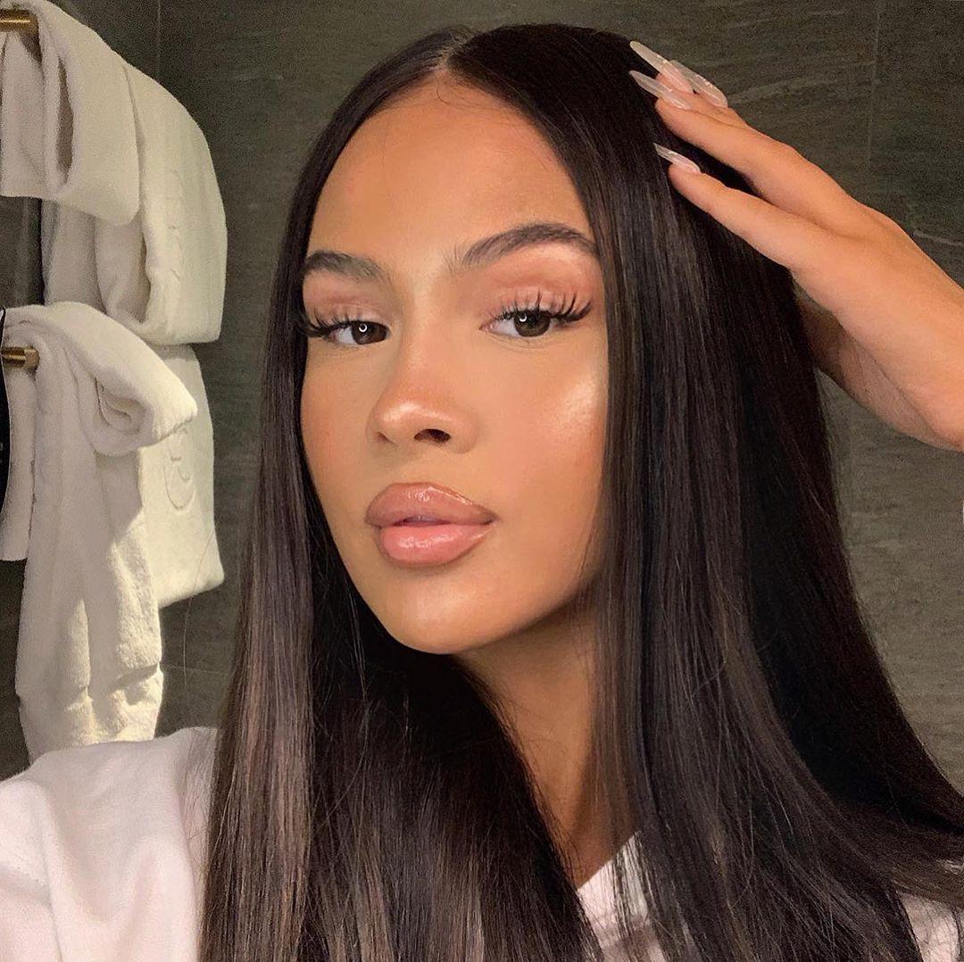 Emma Hallberg Black Natural Hair, Lovely Face, Glossy Lips