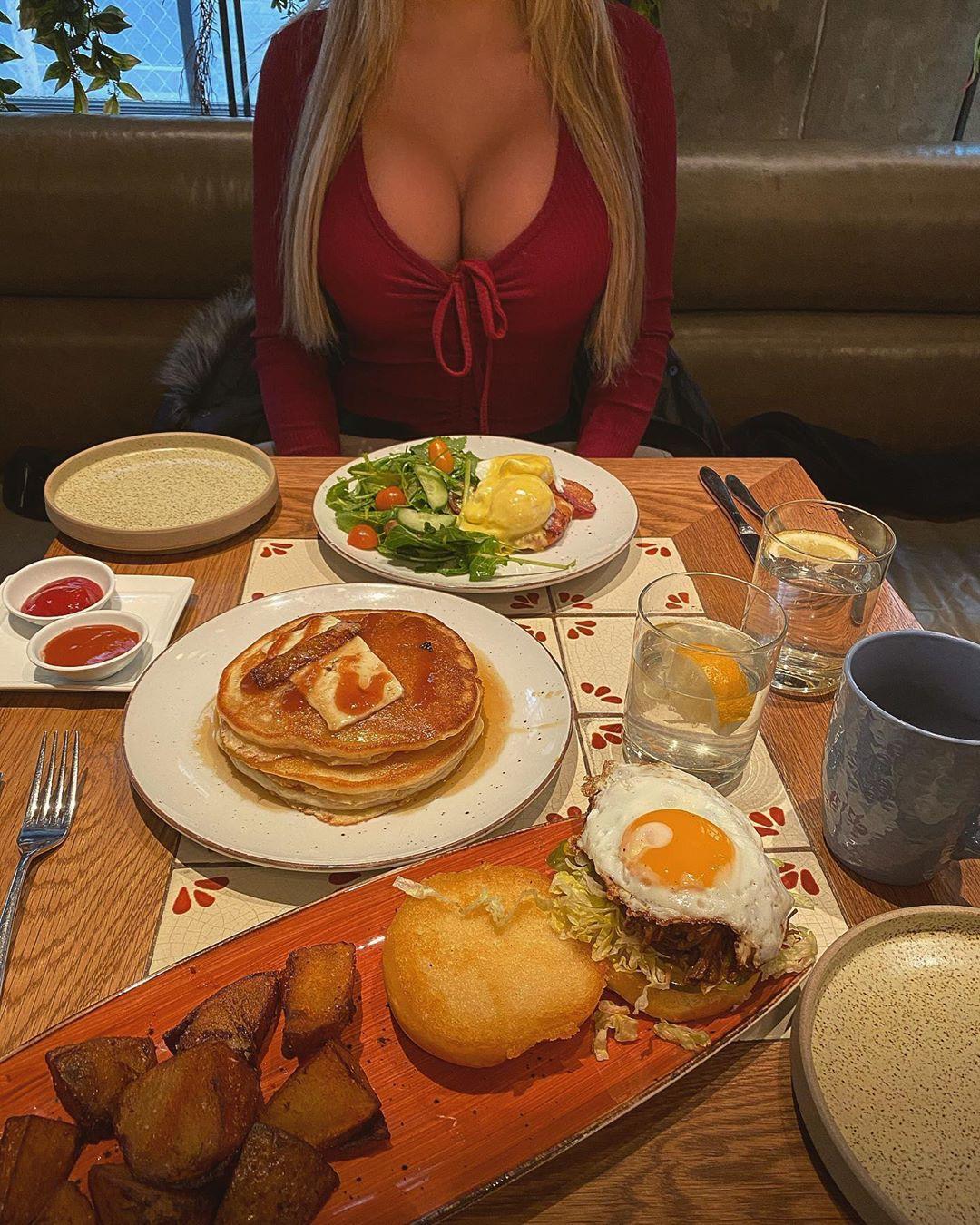 Natalie Gauvreau, full breakfast, ingredient, serveware