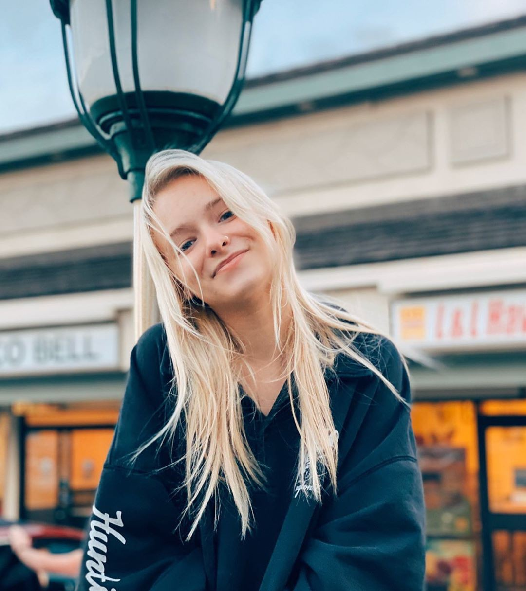 Zoe Laverne photography ideas, blond hairs, Hair Style