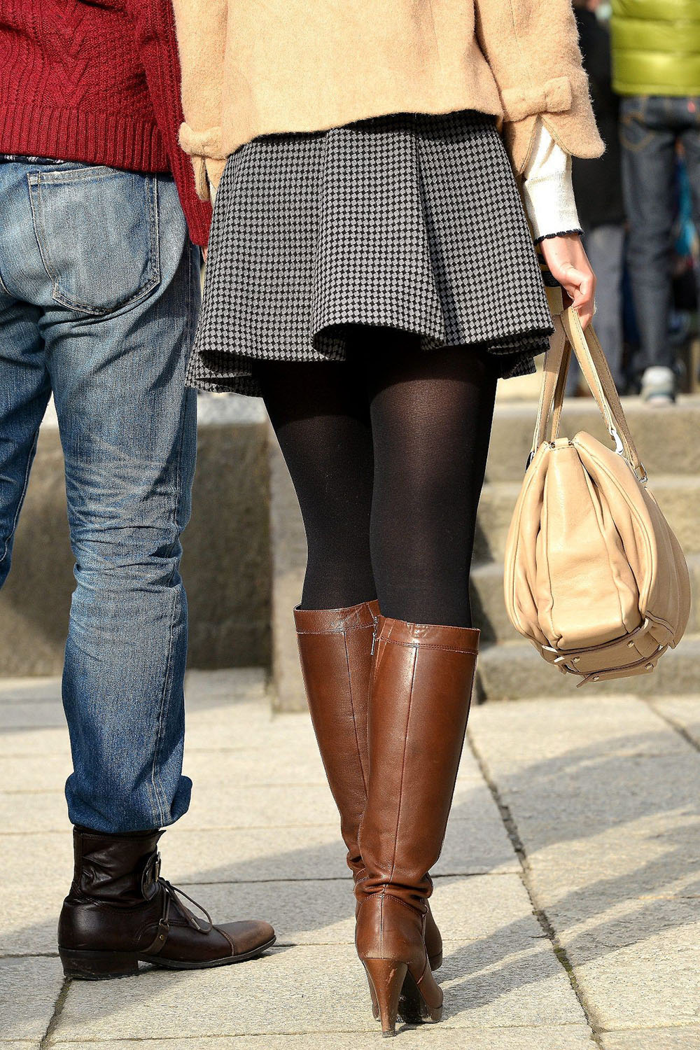 Classy outfit with pantyhose, miniskirt, leggings