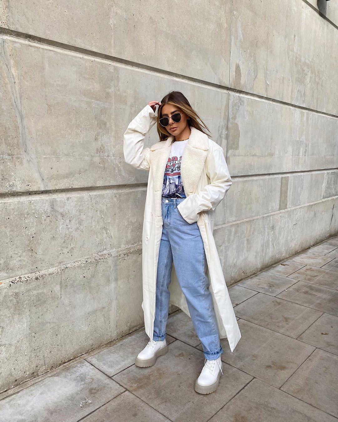 White and blue denim, jeans, girls instagram photos