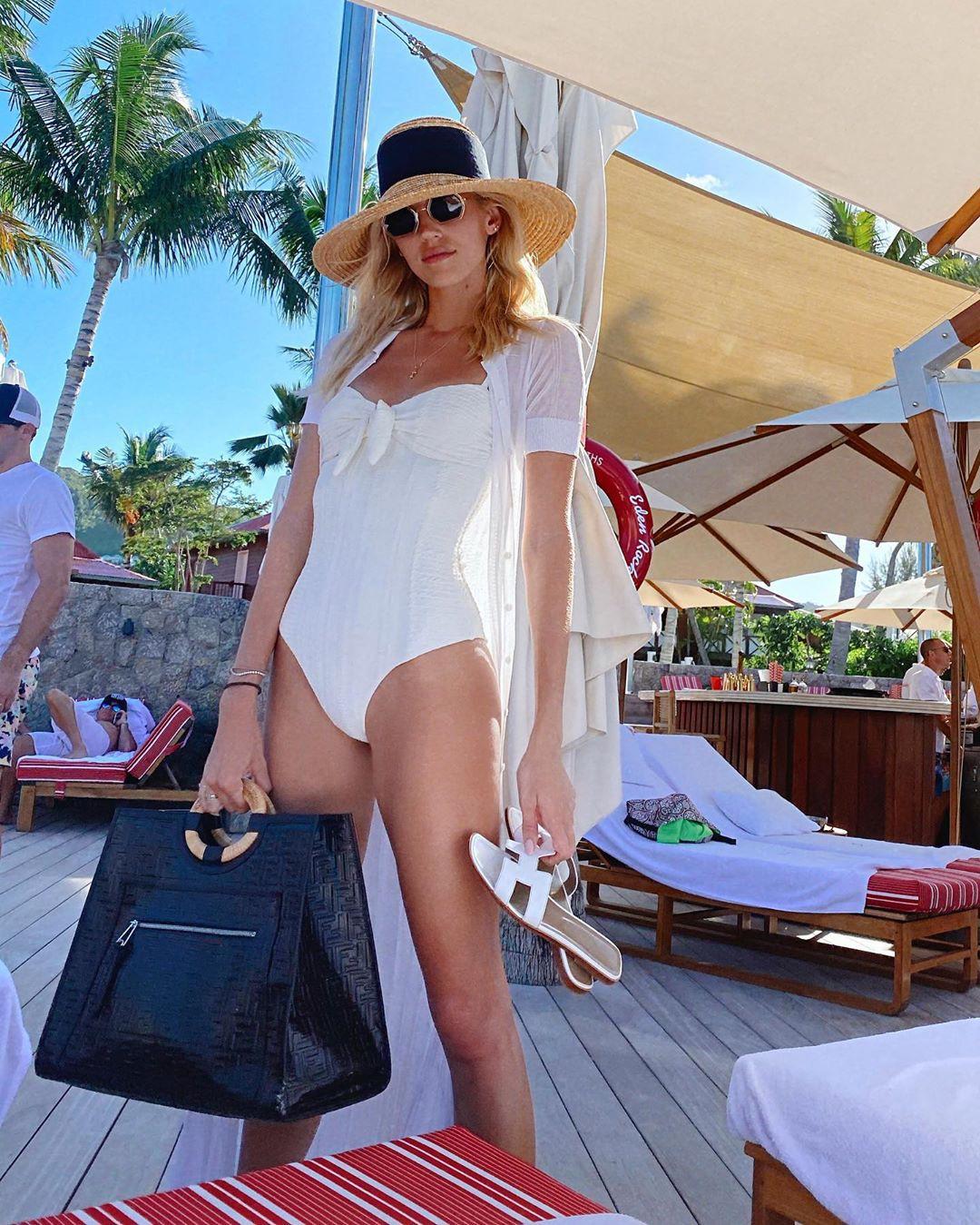 white Hot Bikini Girls Instagram 2020, legs pic, sunglasses