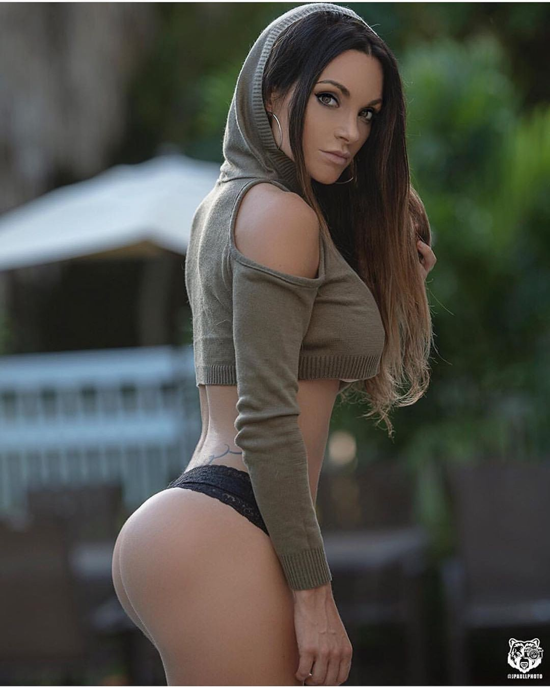 Nienna Jade best photoshoot ideas, girls instagram photos, female thighs