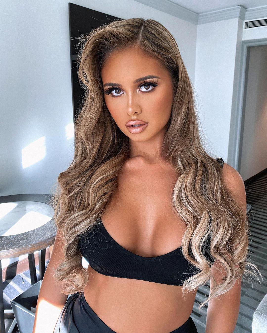 Tarsha Olarte cute blond hairs, Woman Long Hair Style, Hottest Model In World