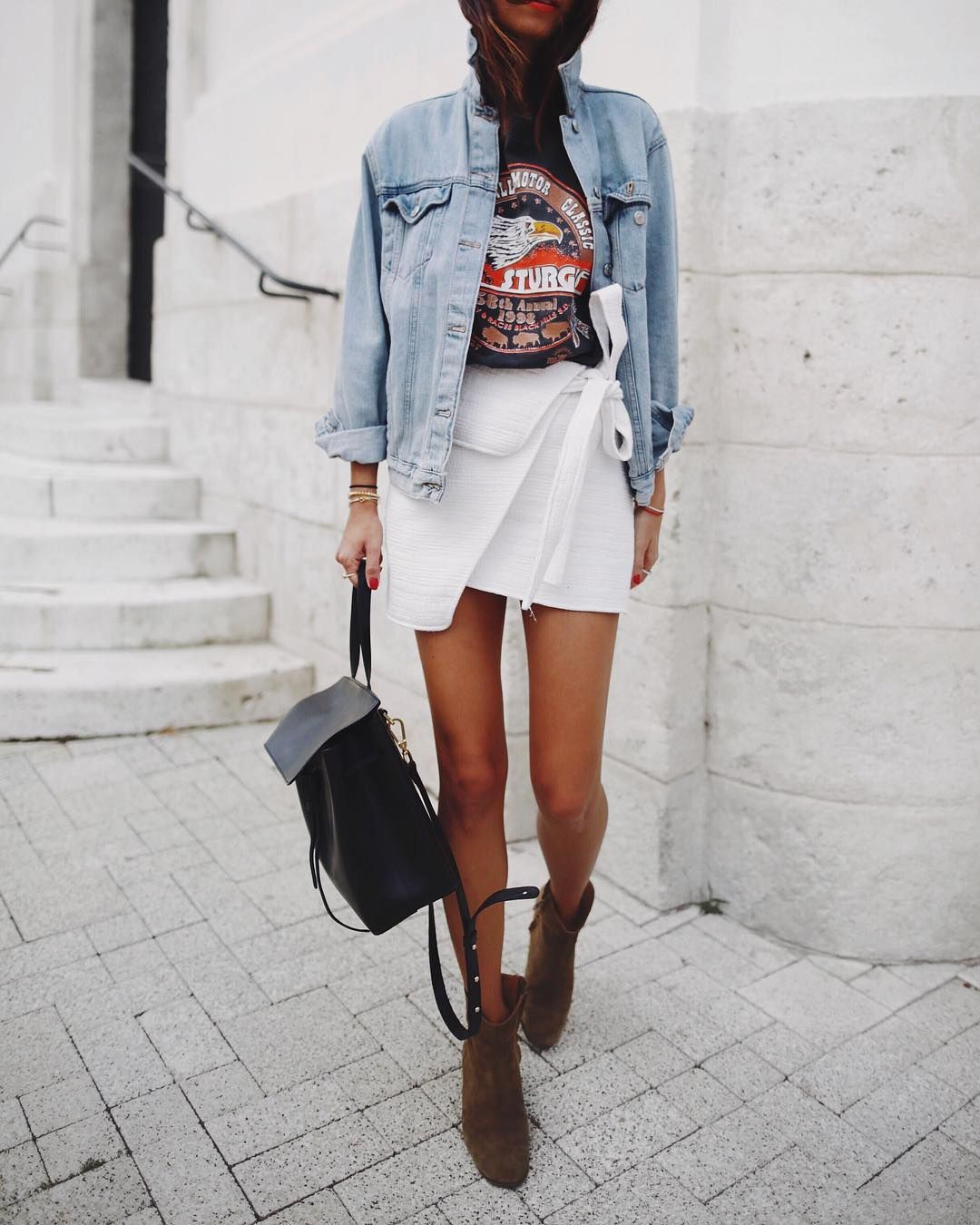Graphic shirt and cowboy boots style