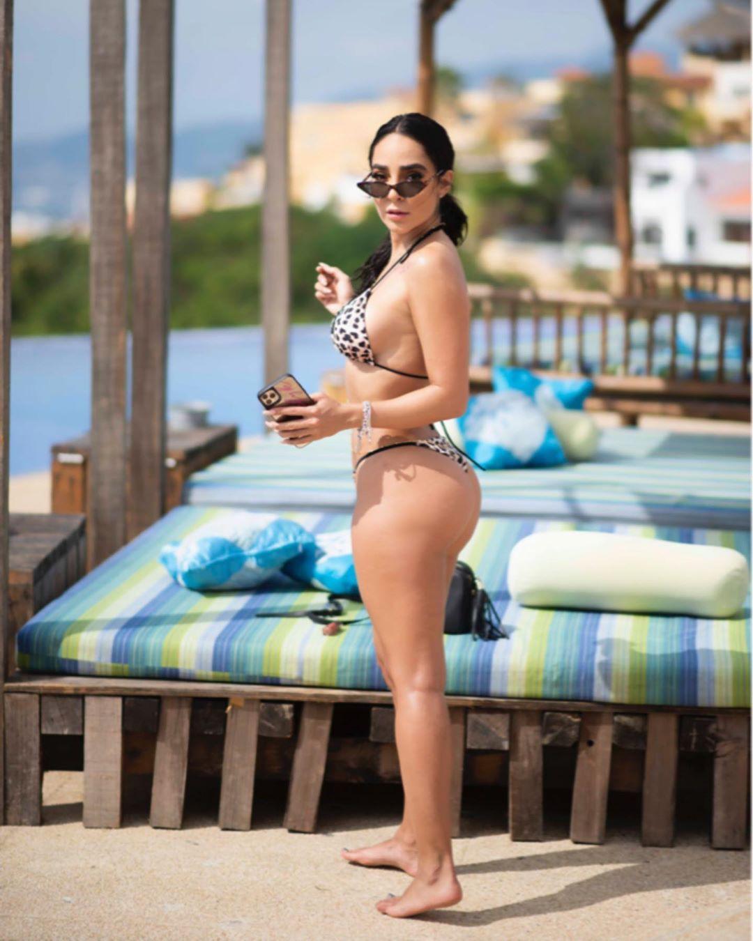 Manelyk Gonzalez bikini swimwear colour outfit, you must try, hot legs