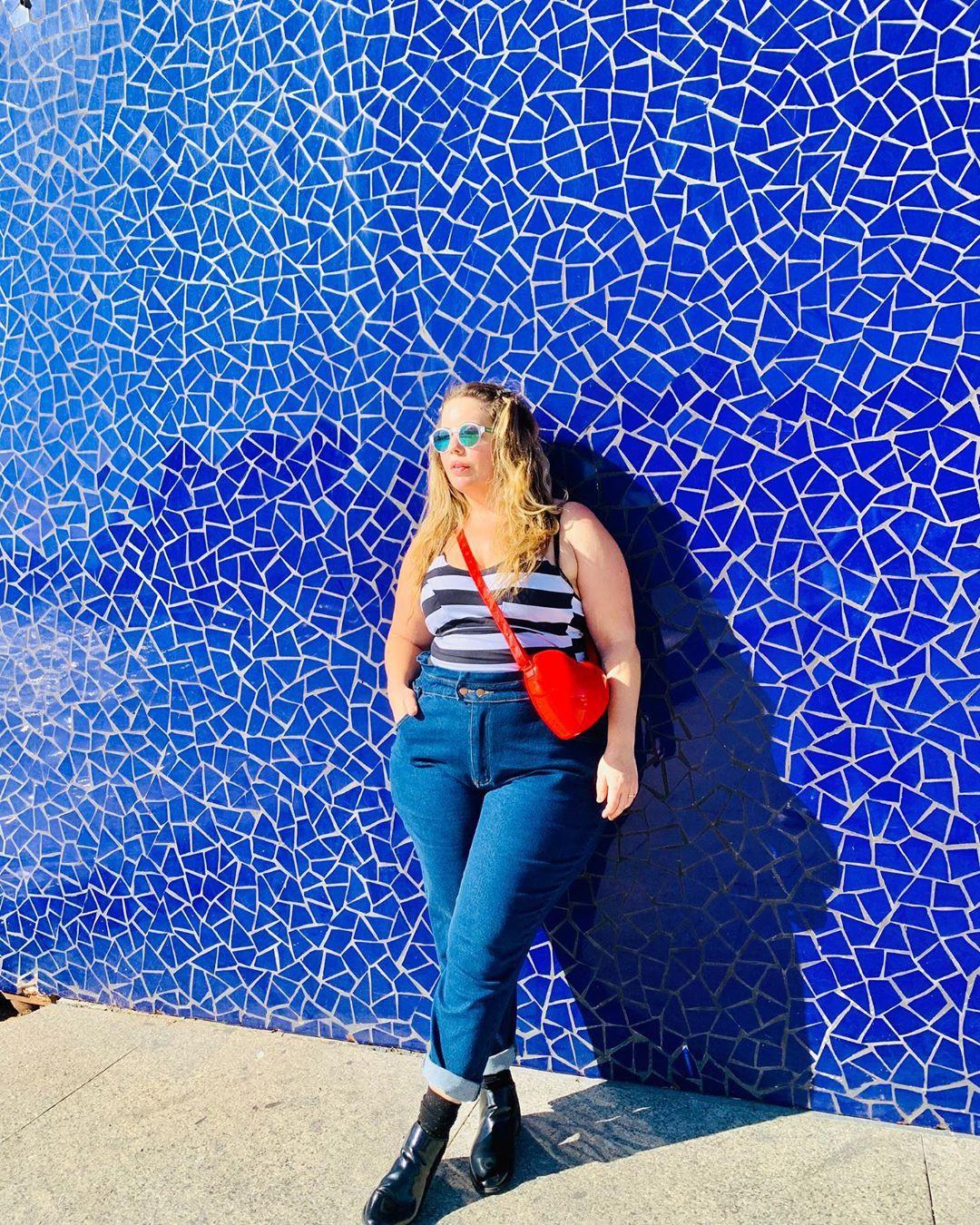 Electric blue and cobalt blue jeans, girls instagram photos, majorelle blue