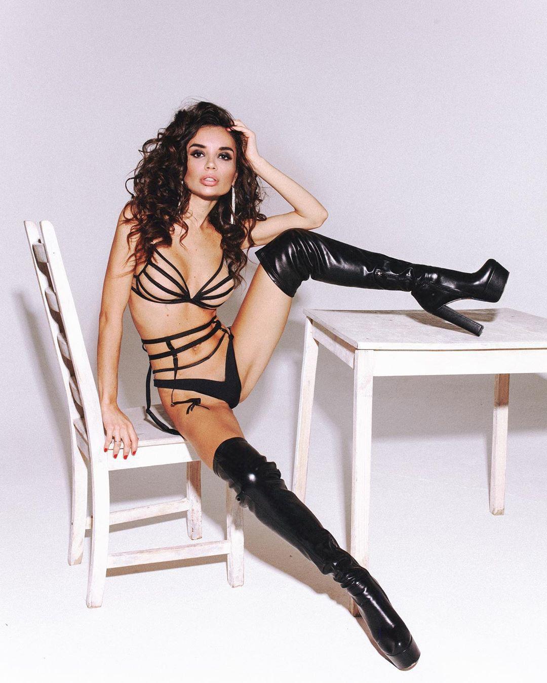 Ekaterina Zueva lingerie fetish model outfits for women, female thighs