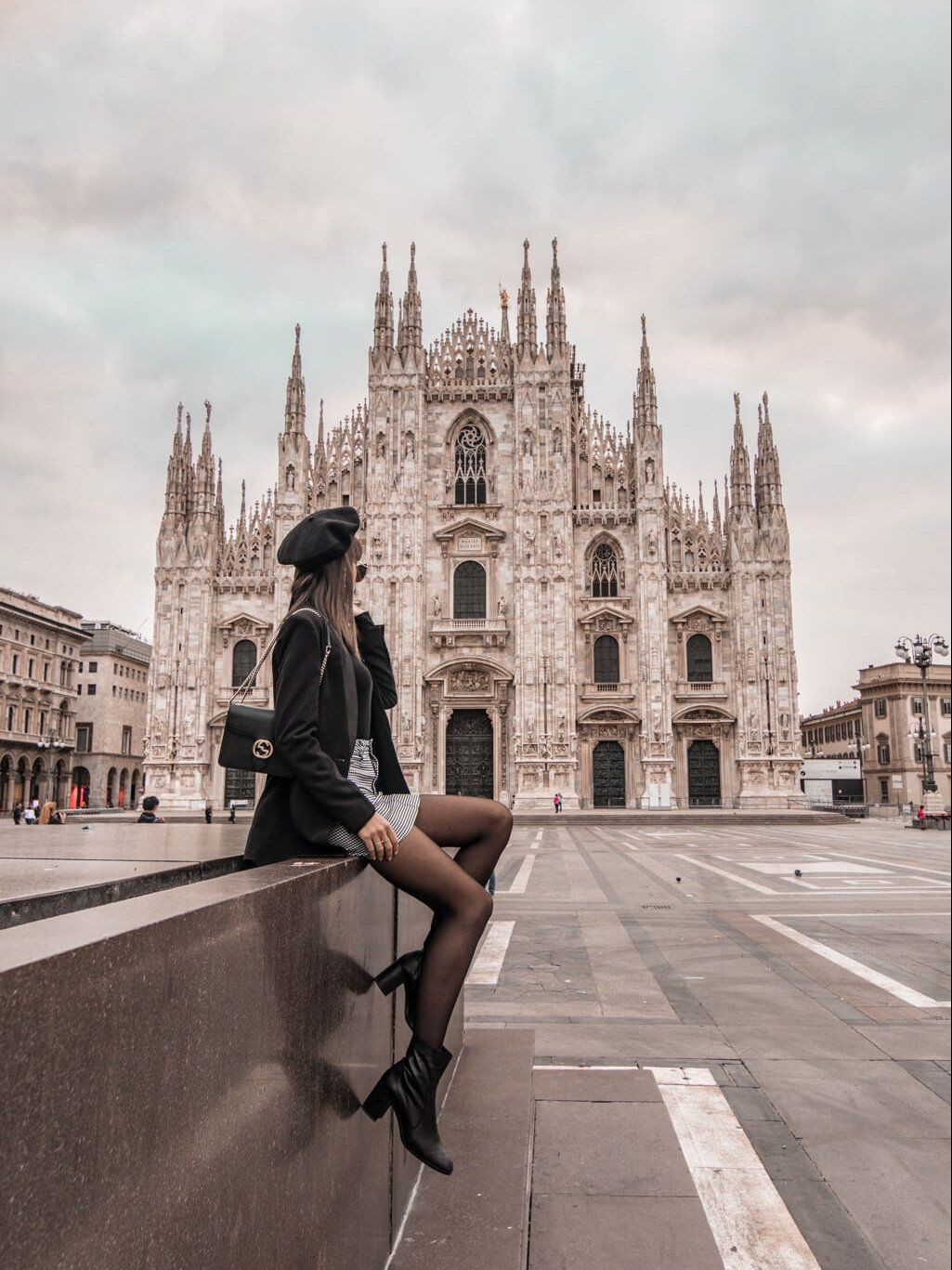 Outfit ideas milan cathedral,