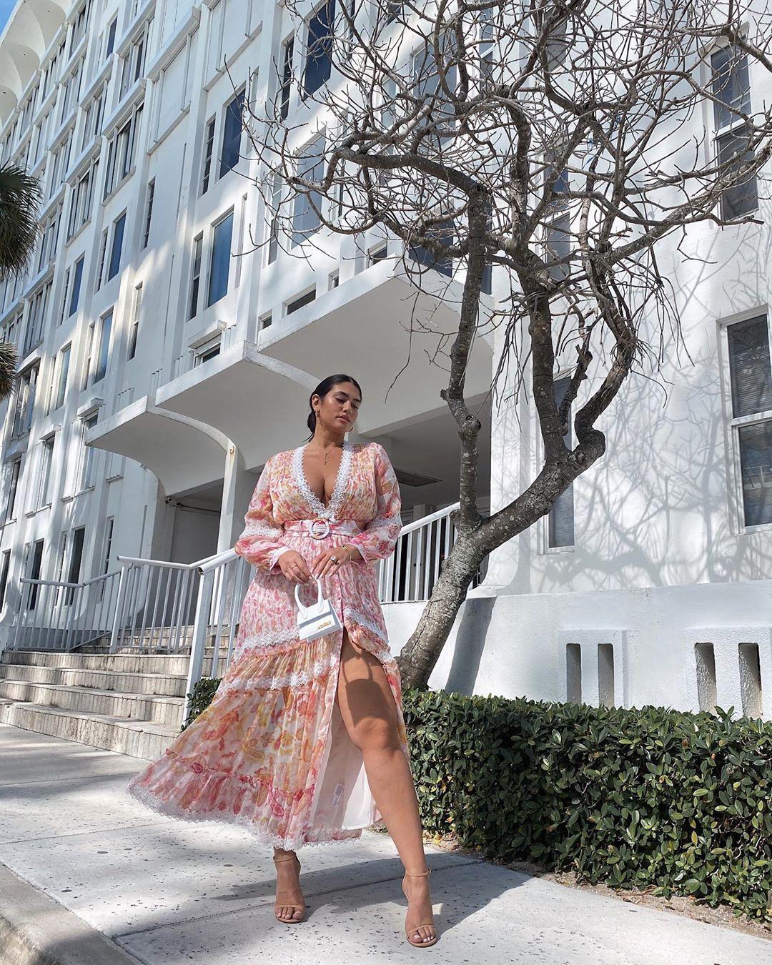 White and pink dress, girls instagram photos, wardrobe ideas