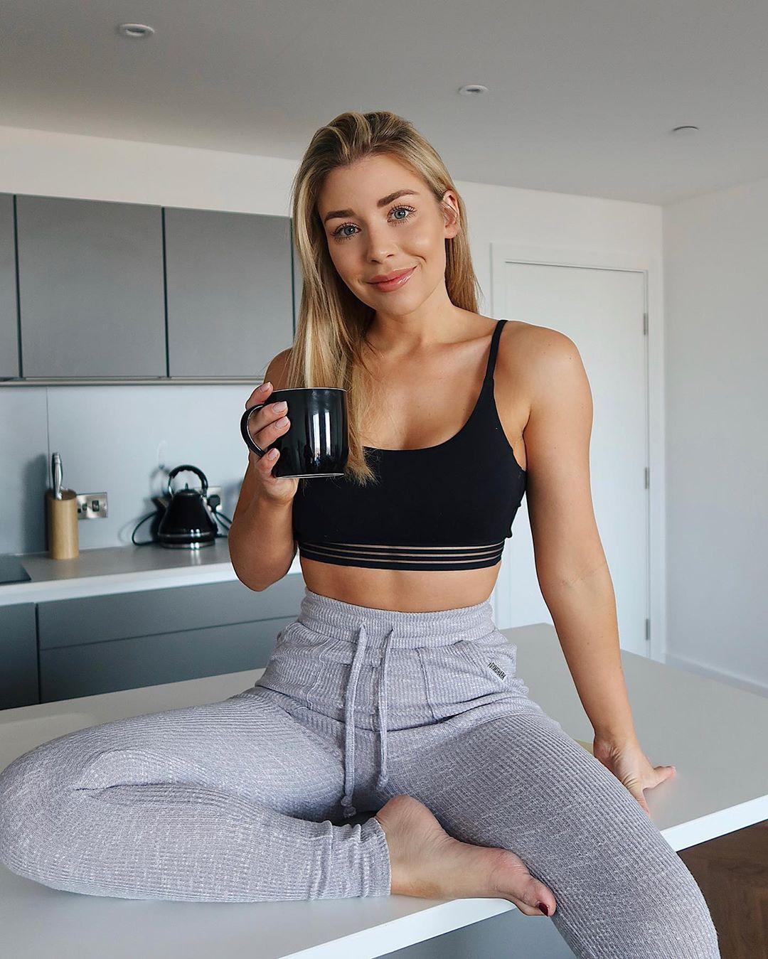 Sophie active pants, sportswear, leggings outfit ideas