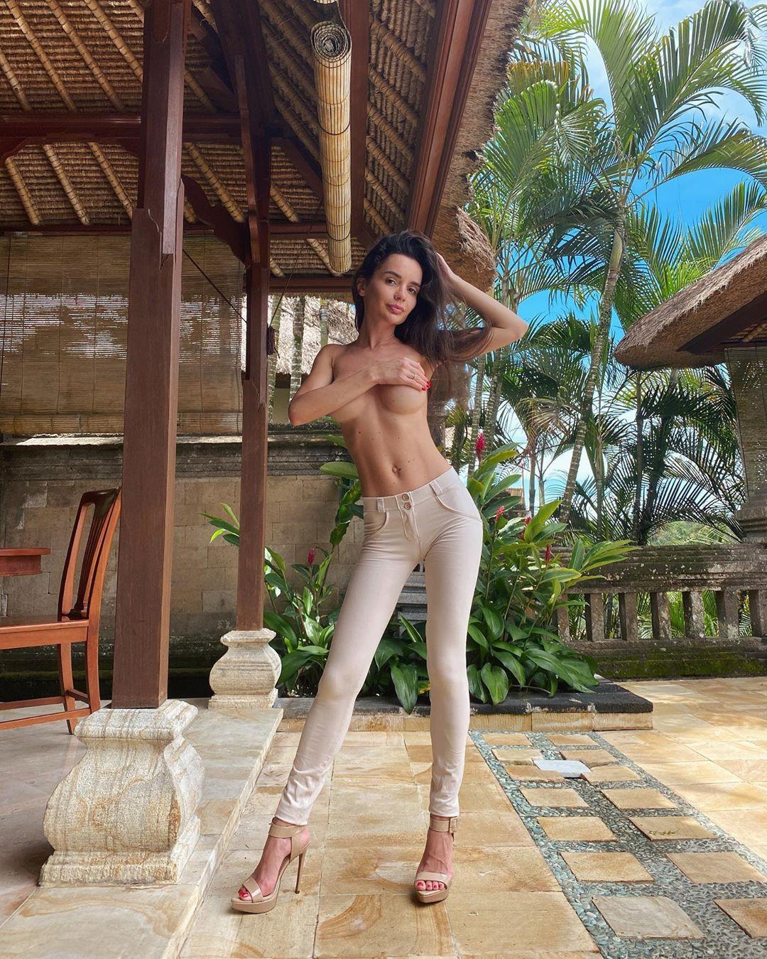 Ekaterina Zueva best photoshoot ideas, girls instgram photography, legs photo