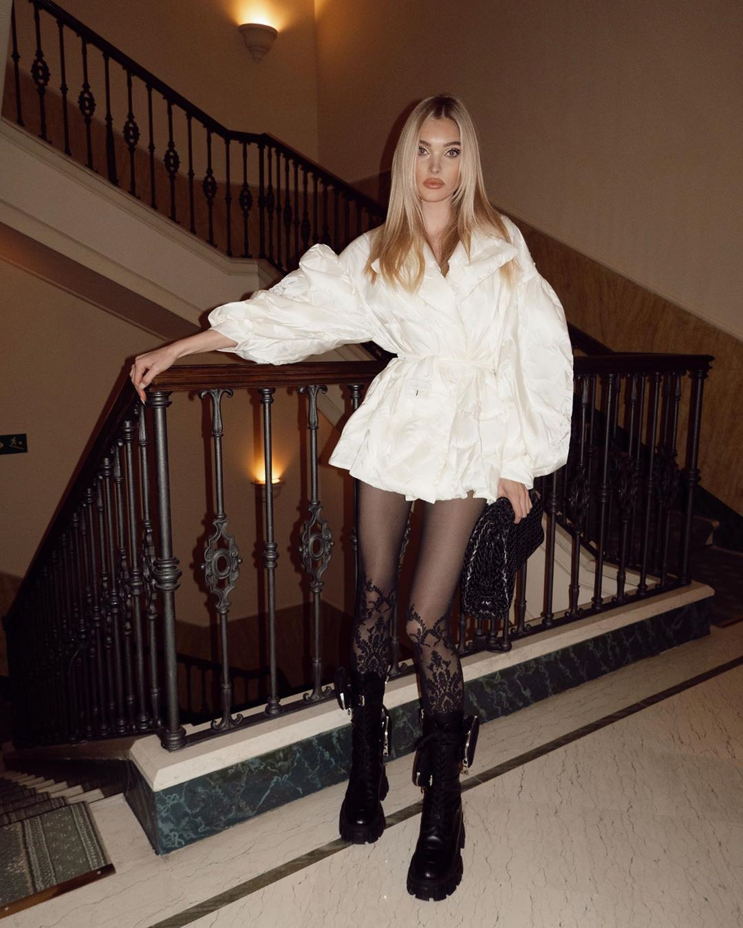 white colour outfit, you must try with knee-high boot, thigh pics, fine legs
