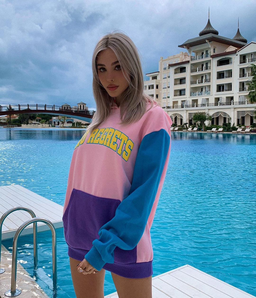 Maria Domark Easy Long Hairstyles, costumes designs, long hair