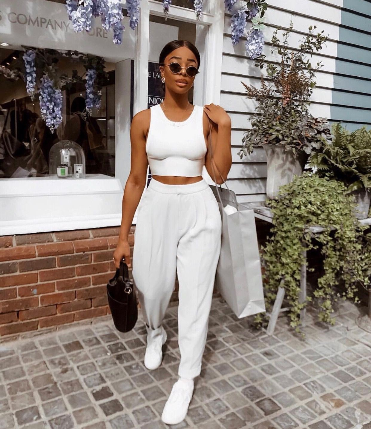 Instagram fashion sarah jo holder black and white, fashion outfits