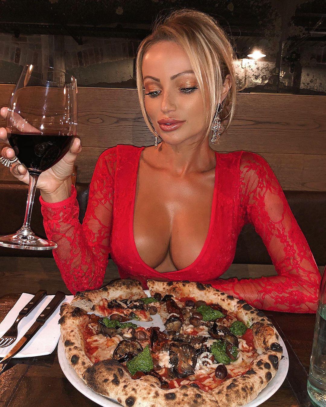 Abby Dowse, tarte flambée, italian food, ingredient