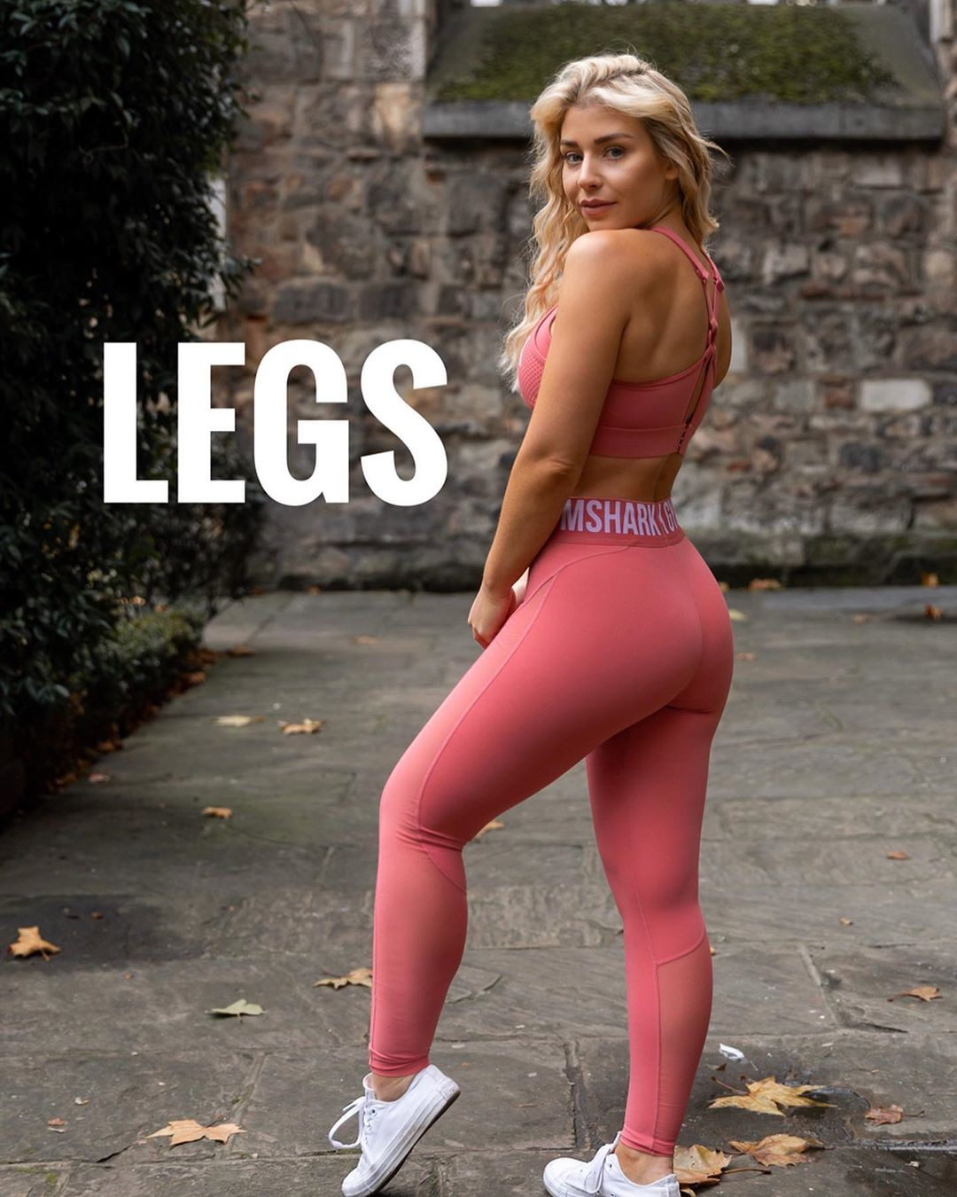 pink colour outfit, you must try with sportswear, leggings, tights