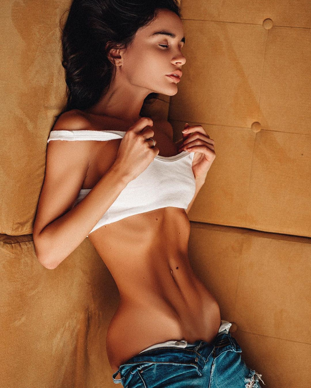 Ekaterina Zueva fine legs, muscle pic, Black Hairstyle Ideas