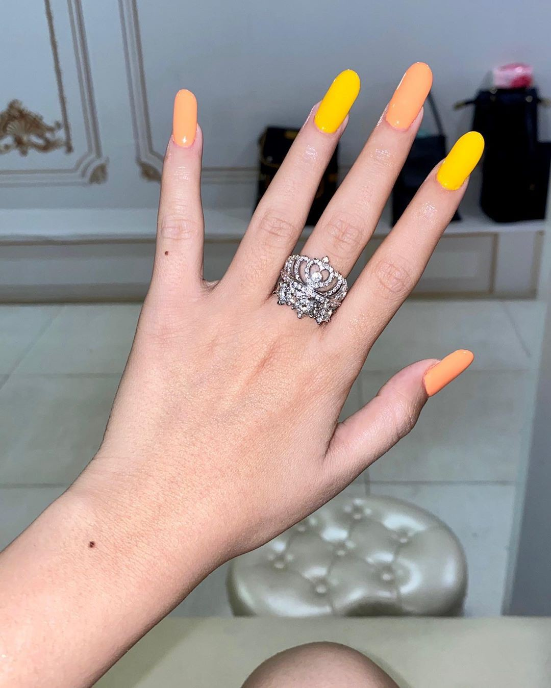yellow colour ideas with fashion accessory, Nail Art, jewellery, ring