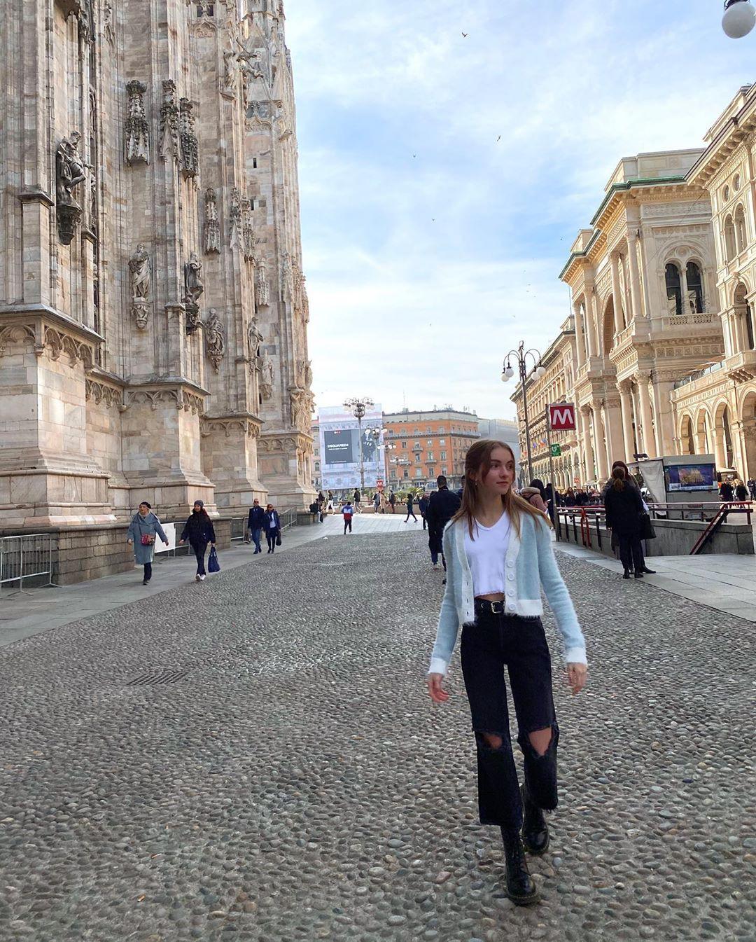 Lauren Orlando cute girls photos, human settlement, public space