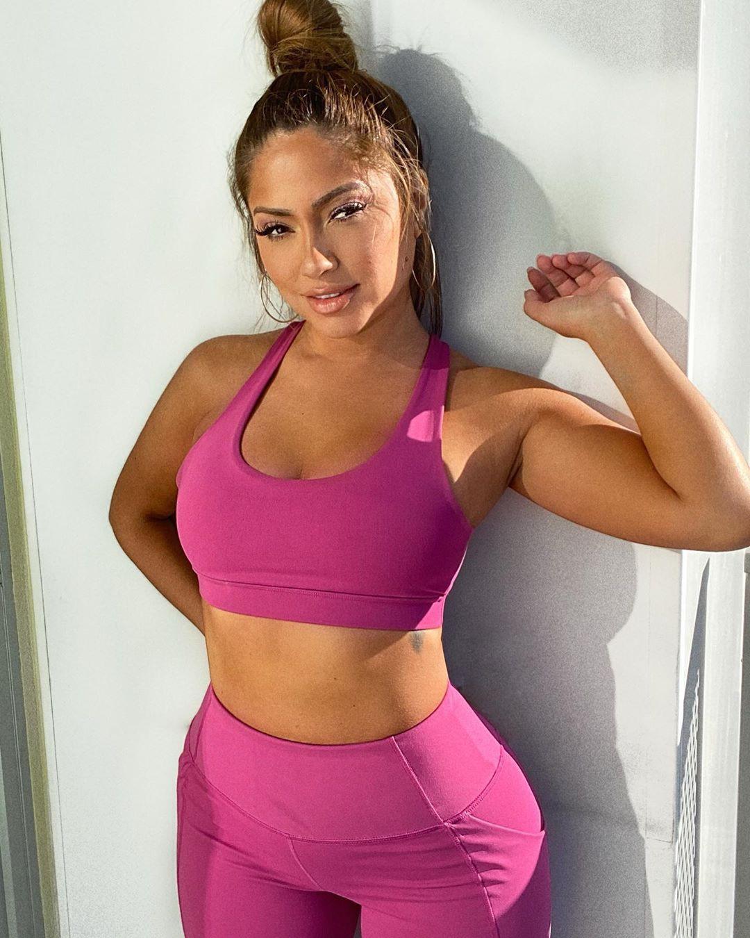 Jessica Burciaga active pants, sportswear clothing ideas, Outerwear