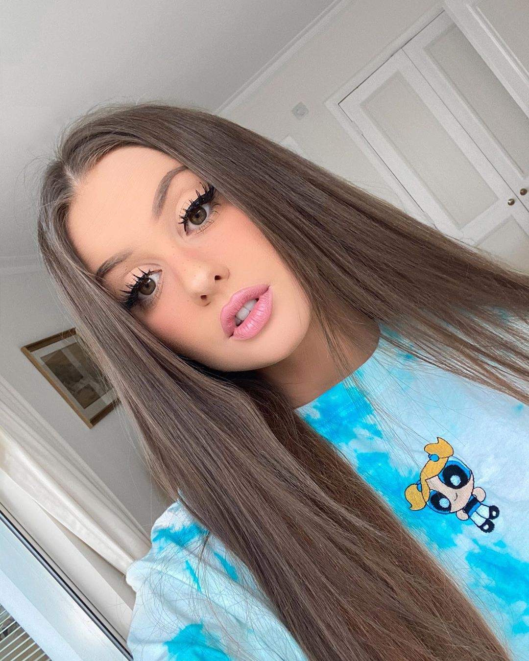 Holly Horne Pretty Look, Natural Lips, Hairstyle For Girls