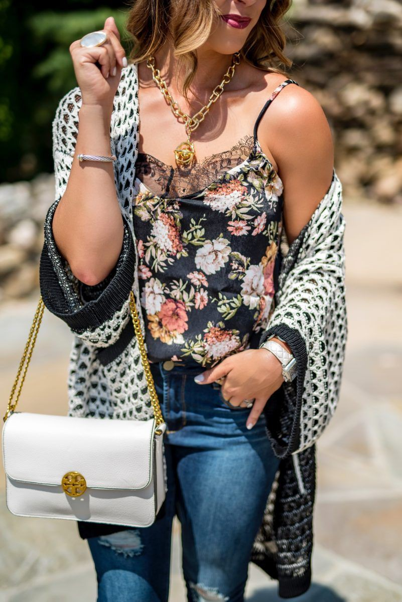 White outfit ideas with denim, jeans