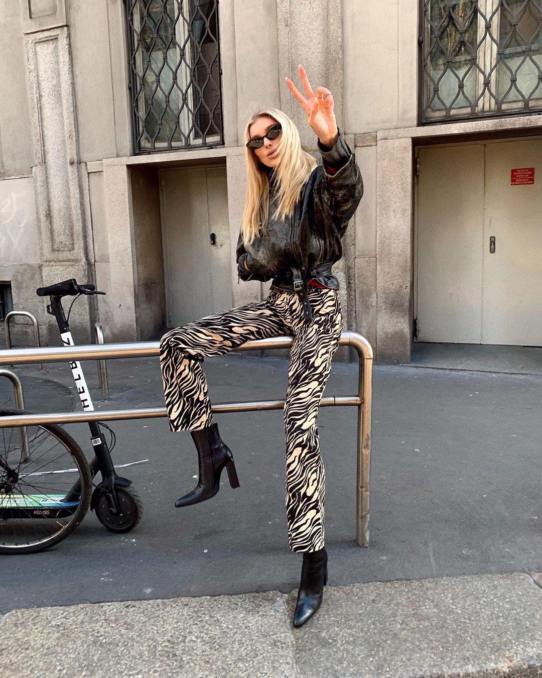 Elsa Hosk trousers, leggings, tights colour outfit