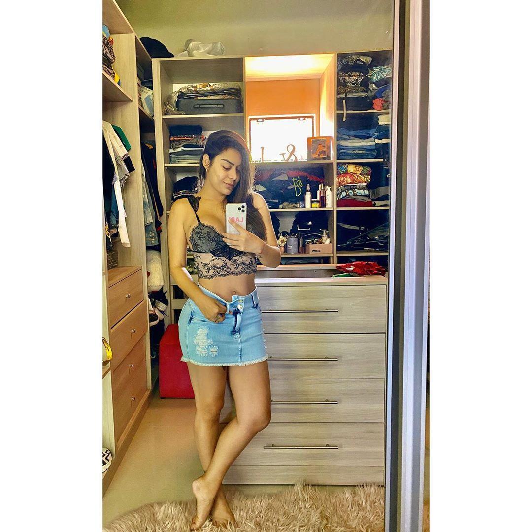 Lari Riquelme shorts, jeans, denim dress for women